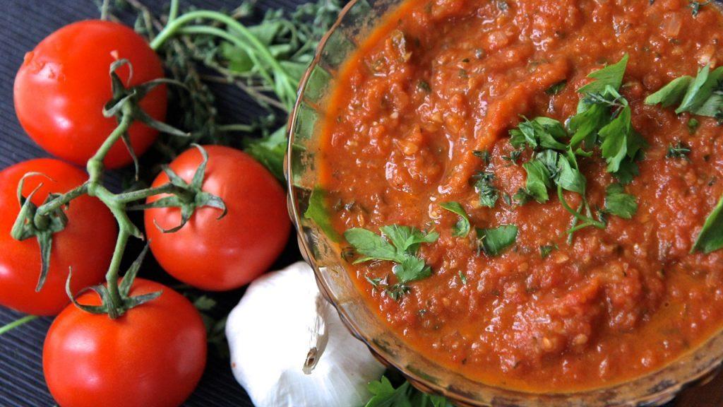 Вкусный соус на вашем столе