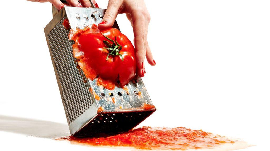 Приготовление томатного соуса