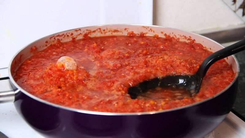 Приготовление соуса сацебели