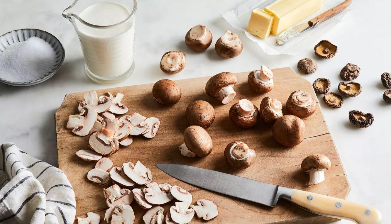 этапы приготовления грибного соуса